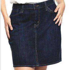 Levi's plus size icon skirt NWOT 24w